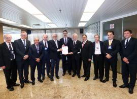 Coronel Malucelli participa de reunião do G7 em Foz do Iguaçu