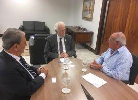 Paraná discute novidades no setor de transporte de cargas