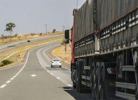 Quase R$ 2 trilhões são necessários para melhorar o setor de transporte de cargas