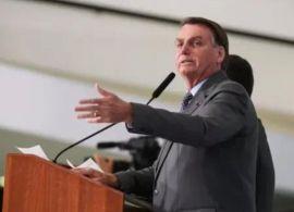 Bolsonaro assina decretos e MPS com série de medidas para o transporte de cargas