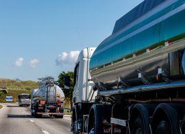 Transportadoras de carga tentam renegociar contratos